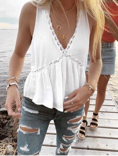 shirt,white top,white,lace top,summer outfits Source by fmarzinek shirts Cute Casual Outfits, Cute Summer Outfits, Summer Clothes, Boho Spring Outfits, Chic Outfits, Cute Summer Shirts, Cute Everyday Outfits, Girl Outfits, Ootd Spring