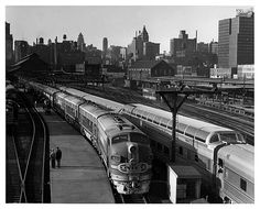 Santa Fe Texas Chief and El Capitan in Chicago Dearborn Station in ...