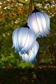 White Flowers, Beautiful Flowers, Flower Lamp, Flower Lights, Flower Images, Flower Shape, Lamp Design, Resin Art, Lanterns