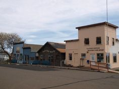 oregon ghost towns pictures | ... in Shaniko Oregon, Tourist Ghost Town history ghost town buildings