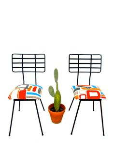 Awesome 1950s Mid-Century Modern Arthur Umanoff attributed iron chairs | + FOUR AVAILABLE +  I couldnt love these chairs more! They have great