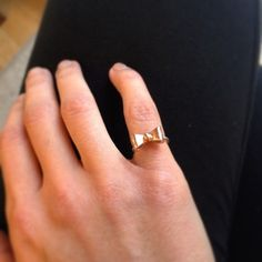 For your charming little finger on ! Handmade Sterling Silver, Sterling Silver Jewelry, Pink And Gold, Silver Rings, Jewelry Design, Bow, Rings, Arch, Longbow