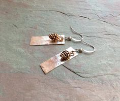 Hammered Silver Earrings / Antique Copper / Pine Cones by FOLIOSA