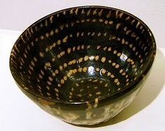 Chi-chou kilns were located in Chi-an-ang Province Chi-hsi (south). glazes are representative spotted tortoise-like.