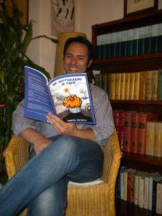 Quant'è bello far sorridere i lettori! (... E avere lettori sorridenti!) :D #UnSottomarinoInPaese