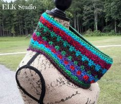 colorful crochet cowl pattern from elkstudio