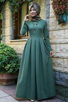 Pakistani Fashion Party Wear, Pakistani Dress Design, Abaya Fashion, Muslim Fashion, Women's Fashion Dresses, Dress Muslim Modern, Muslim Dress, Hijab Style Dress, Modele Hijab