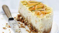 Cheesecake de Carré Frais au saumon fumé _ http://www.cuisineaz.com/dossiers/cuisine/saumon-entrees-noel-14137.aspx