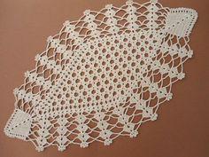 Handmade crochet doily color - ecru ( ivory ) 100 % - cotton size - 17 x 10 cm . x 25 cm .Items similar to Ecru crochet doily, Oval crochet doily, Lace placemat on EtsyThis Pin was discovered by Nes Diy Crafts Crochet, Crochet Home, Hand Crochet, Crochet Table Runner, Crochet Tablecloth, Lace Doilies, Crochet Doilies, Doily Patterns, Crochet Patterns