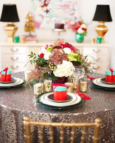 18 Ways to Glam Up Your Home For the Holidays