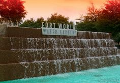 fort worth water gardens designed by architect phillip johnson www.fountainsdallas.com