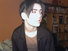This is a Jim Hawkins Cosplayer and I think I love him