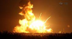 Die Explosion der Rakete am Dienstagabend. - Keystone