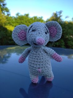 Crochet Mouse, Dinosaur Stuffed Animal, Toys, How To Make, Animals, Activity Toys, Animales, Animaux, Clearance Toys