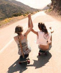 Skateboarding with friends ❤ @Gabrielle Simpkin