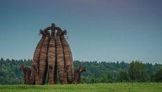 Проект художника Николая Полисского — масштабная инсталляция Бобур и скай-арт-перформанс французского художника Ксавье Жуйо