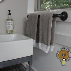 Rustic Industrial Hand Towel Bar on Wood Bathroom Decor | Etsy Bathroom Rack, Wood Bathroom, Bathroom Sets, Pipe Rack, Rustic Mason Jars, Kitchen Rack, Mason Jar Lighting, Towel Holder, Rustic Industrial