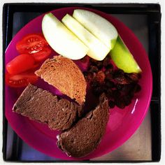 baby led weaning - this blog has SO MANY meal ideas. i would eat them all too :D