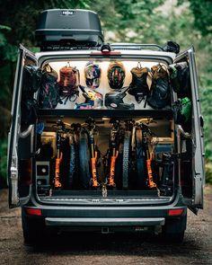 10 Organisational Tips To Stay Tidy While Living Off Grid - Camping Gear & Hiking Equipment Sprinter Van Conversion, Camper Van Conversion Diy, Vw Crafter Camper, Bike Storage In Van, Build A Camper Van, Diy Camper, Kombi Home, Sprinter Camper, Van Design