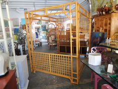 Island Style Rattan Canopy Queen Bed