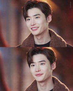 Romance Is A Bonus Book His smile ugh Cnblue Jung Yong Hwa, Kang Chul, Lee Jung Suk, Cha Eun Woo, Asian Actors, Korean Actors, K Pop, Lee Jong Suk Wallpaper, Lee Jong Suk Cute