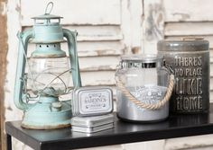 Shabby Vintage Archives - Home Style Corner Deco Marine, Shabby Vintage, Shabby Chic, Beach House Decor, Home Decor, Candle Lanterns, V60 Coffee, Rustic Chic, Coastal Decor