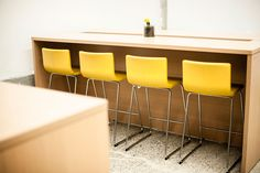 Les bureaux spacieux et colorés de la start-up Getaround