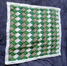 DIY-manta con punto entrelac http://idoproyect.com/blog/entrelac-para-los-amantes-del-knitting/