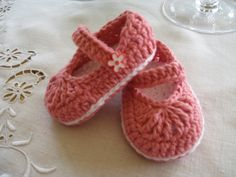 Girls Pink Mary Janes from Butterflykissesgifts.com