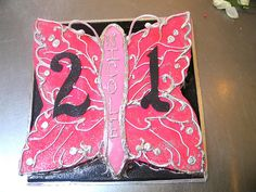 Butterfly shaped birthday cake decorated in hot pink, black Cake Decorating Courses, Birthday Cake Decorating, Butterfly Cakes, Butterfly Shape, 21st Cake, Learning Techniques, Hot Pink, Pink Black, 21st Birthday