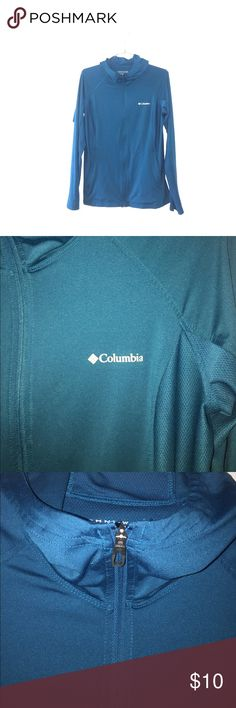 Columbia Athletic Lightweight Hooded Runner Jacket Hey Poshers scoop up this Columbia Athletic Lightweight Hooded Runner Jacket with Zipper pockets and Omni-w ck breathable fabric technology. Columbia Jackets & Coats
