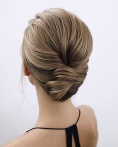Trendy Long Hairstyles for Women - Page 8 of 44 - hair Medium Hair Styles For Women, Medium Hair Cuts, Vellus Hair, New Hair, Quick Hairstyles, Medium Hairstyles, Cowlick, Different Hairstyles, Hairline