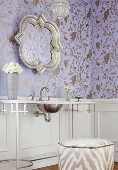 Just so my colour. So pretty this Eastern influenced design is from the new Thibaut Enchantment #wallpaper collection