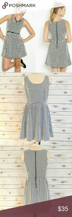 Collective Concepts Ash Houndstooth Scoop Neck Dre Collective Concepts Ash Houndstooth Scoop Neck Dress  Size S in great condition. Purchased from Stitchfix. This has a little stretch, very cute and perfect for summer. Does not come with belt shown in first stock photo. Collective Concepts Dresses Mini