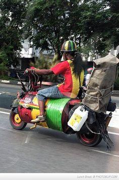 Top 15 des trucs qui se passent, «pendant ce temps en Jamaïque»