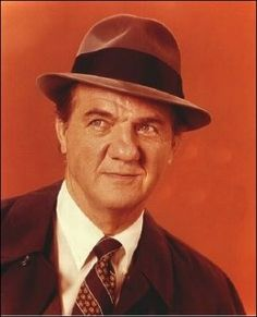 Pictures of Karl Malden - Pictures Of Celebrities Vintage Hollywood, Classic Hollywood, Karl Malden, Best Supporting Actor, Old Movie Stars, Actrices Hollywood, Star Wars, People Of Interest, Hollywood Actor