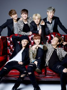 iKON GLOBAL (formerly BTOWIN) is the first international fanbase of YG's all-kill rookie group,. Bobby, Ikon Member, Ikon Kpop, Kpop Backgrounds, Kim Jinhwan, Ikon Wallpaper, Guy Friends, Wattpad, Yg Entertainment