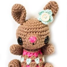 Crochet a cute little spring bunny for Easter!