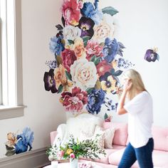 How To | Vintage Florals Step-by- Step - Urban Walls (Diy Bathroom Apartment)