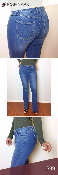 Butt Lift Flared Jeans Butt lift/ Levanta Cola jeans specially designed to give you that extra lift for a fuller bottom effect.Mid rise, w/ undone hem, light wash and whiskers,front & back pockets,zipper and button closure.Premium quality.These jeans are junior size and has a good amount of stretch in them.For women sizes, we advise you go a size bigger.For example, if you're a size 2 women, pls. order a size 3.Thanks!   Fit: Fitted Fabric: Mixed fabric Model wearing a size 5.  Model Stats…