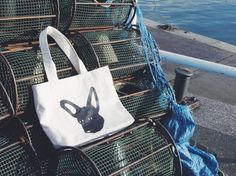 """Tote Luka Nº 1. BeldaBelda. This bag has a great size to carry your personal items daily, even a 15 """" laptop. It is comfortable to wear on the shoulder."""