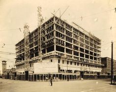 Rowe Hotel on former site of Clarendon Hotel.  N.W. corner of lower Monroe & Michigan.
