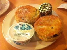 A big 5 out of 5 for the Morden Hall Park scones!