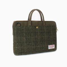 Sweetch slim briefcase khaki x Harris tweed