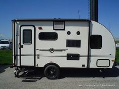 NEW 2015 Palomino Palomini Travel Trailer walk through with Steve Belickis at Mount Comfort RV in Indianapolis, Indiana Click the link . Retro Travel Trailers, Lightweight Travel Trailers, Small Trailer, Roof Vents, Teardrop Trailer, Forest River, Palomino, Airstream, Campers