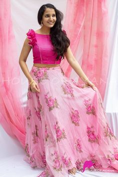 Gown Party Wear, Party Wear Indian Dresses, Designer Party Wear Dresses, Indian Gowns Dresses, Indian Fashion Dresses, Kurti Designs Party Wear, Gowns For Party, Designer Wear, Long Skirt Top Designs