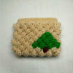 Crochet coin purse with zipper - Christmas tree