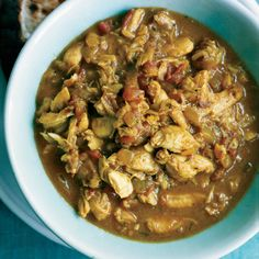 Curry Crab Rundown Rundown is a classic Caribbean recipe that involves cooking foods like crab, mackerel or lobster in coconut milk. (The word rundown refers to the simmering down of the coconut milk. Crab Recipes, Indian Food Recipes, Soup Recipes, Ethnic Recipes, Gumbo Recipes, Barbados, Curry Stew, Caribbean Recipes, Caribbean Food