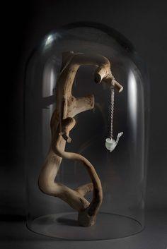 Bijou en pâte de verre. une création Aurélie Adam. http://atelierdecreateur.fr/vitrine/aurelieadam/