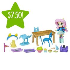 It's time to show some school spirit with this My Little Pony Equestria Girls Minis Fluttershy School Cafeteria Set! Imagine joining Fluttershy and friends in the cafeteria for some pep rally fun Equestria Girls Minis, My Little Pony Equestria, My Little Pony Rarity, Little Pony Party, My Little Pony Dolls, Hasbro My Little Pony, Slumber Party Games, Slumber Parties, Fluttershy